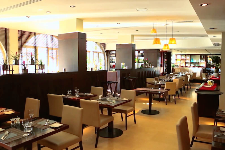 750-columbus-restaurant