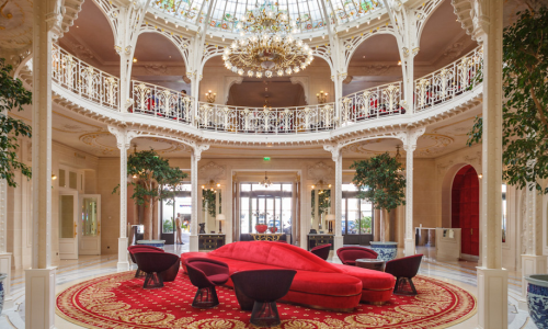 1500-550-hermitage-eifel-red